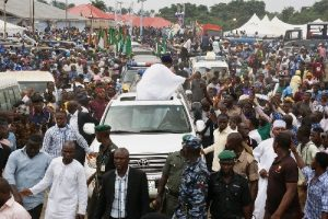 aregbesola-at-obadare-burial