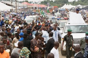 aregbesola-at-obadare-burial2