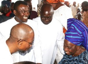 aregbesola-at-obadare-burial3