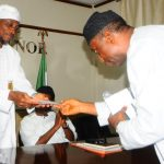 General Manager, Nigeria Télévition Authority ( NTA) Osogbo , Mr. Tunde Oluwatudimu, Presenting the Letter of Appreciation to the Governor State of Osun, Ogbeni Rauf Aregbesola during a recent visit of Osogbo NTA Teâm to the Governor in his office, Abere, Osogbo, State of Osun