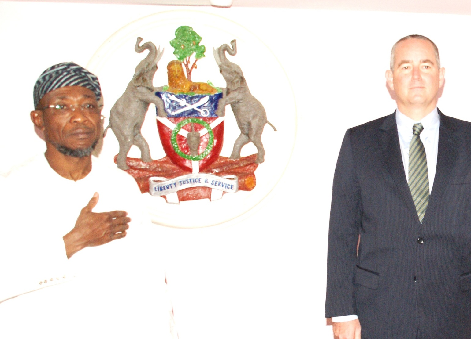 United State of America Consul General in Nigeria, Mr. Jeffery Hawkins and Governor State of Osun, Ogbeni Rauf Aregbesola, at Ideal Nest, Osogbo, during their visit to the State of Osun  on Thursday 07-11-2013