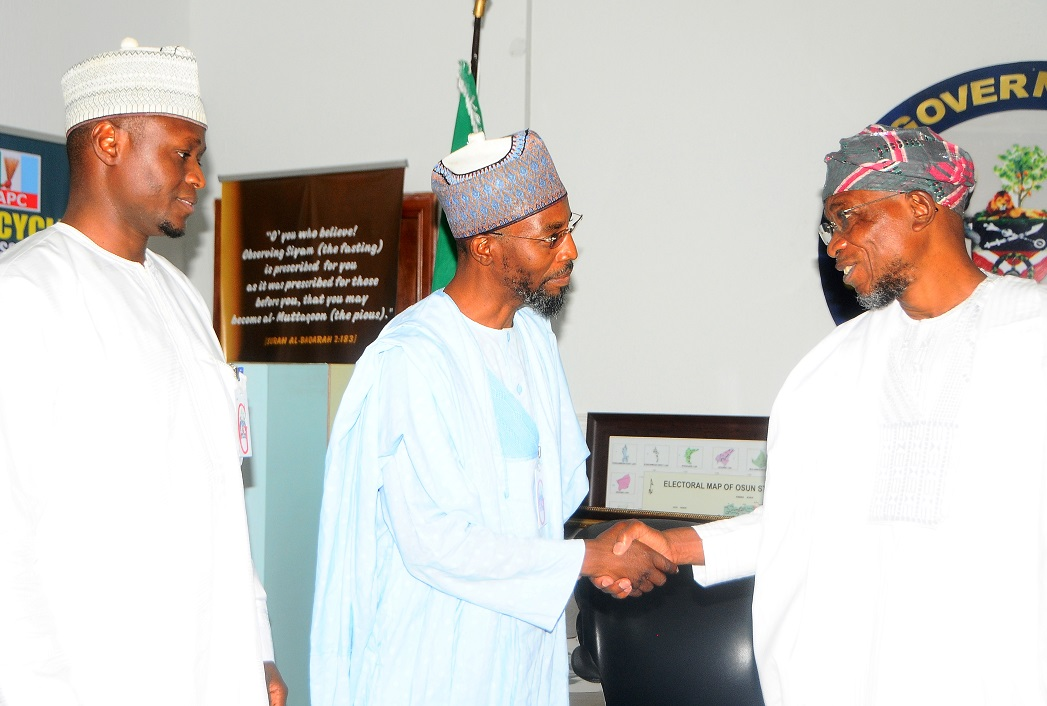 From right, Governor State of Osun, Ogbeni Rauf Aregbesola; Acting Managing Director, Jaiz Bank Plc, Hassan Usman; Head, Corporate and Retail Banking*, Jaiz Bank Plc, Alhassan Abddulkarim, during a Courtesy Visit to the Governor in Osogbo, the State of Osun at the weekend