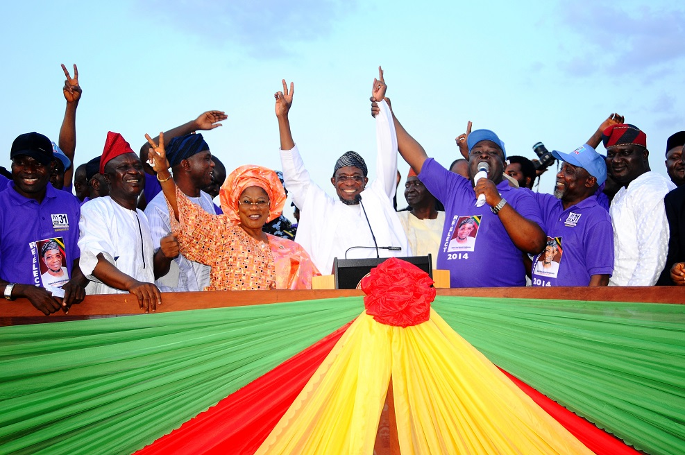 Governor State of Osun, Ogbeni Rauf Aregbesola (4th right); his Deputy, Mrs Titi Laoye-Tomori (5th right); Chairman, Association of Local Government Executive Secretaries in Osun, Prince Soji Ajayi (3rd right); Interim Chairman, All Progressive Congress, Elder Adebiyi Adelowo (right); Executive Secretary, Ilesa West Local Government, Alhaji Issa Azeez (2nd right) and others, during the Governor's Endorsement for Second Term Running by all the thirty one Local Government Executive Secretaries in the State at Nelson Mandela Freedom Park, Osogbo the State of Osun at the weekend.