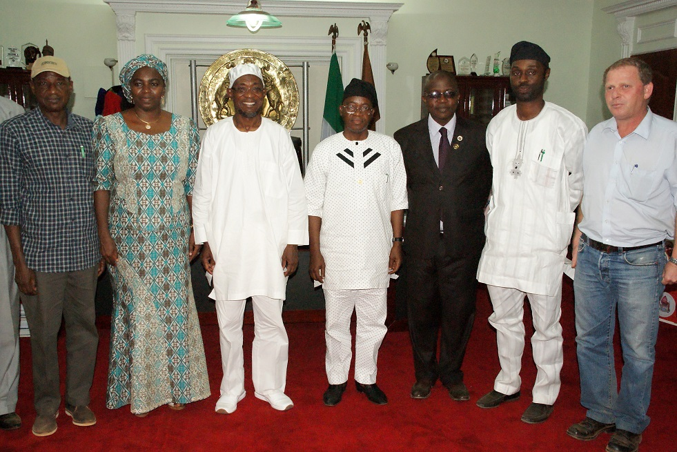Governor State of Osun, Ogbeni Rauf Aregbesola (3rd left); Minister for Water Resources, Mrs Sarah Ochekpe (2nd left); Chief of Staff, Alhaji Gboyega Oyetola (centre); Head of Service, Mr Olayinka Owoeye (3rd right); Director, Dam Operations, Dr Emmanuel Adanu (left); Special Adviser For Rural & Community Development, Mr Kunle Ige (2nd right) and Ilesa Water Dam Contractor, Edan Koren (right), during a Courtesy Visit to the Governor in his Office, Osogbo, State of Osun last Thursday