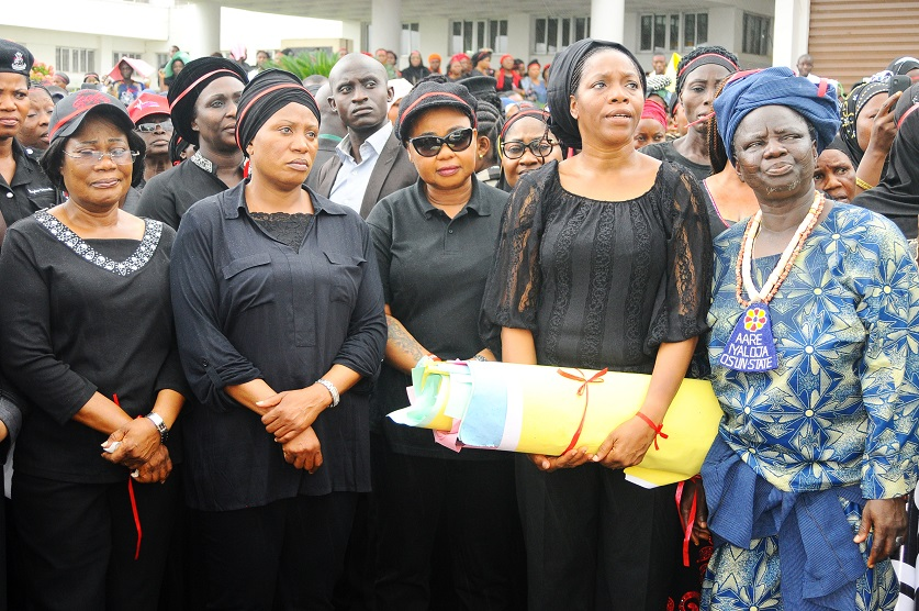 From left, Deputy Governor, State of Osun, Mrs Titi Laoye-Tomori; Wife of the Governor, Mrs Sherifat Aregbesola; Member House of Representatives, Honourable Ayo Omidiran; Commissioner for Women and Children Affairs, Mrs Mofolake Adegboyega; Aare Iyaloja, Alhaja Awawu Asindemade and others, during a Protest over the abducted Chibok school girls in Bornu State, held in Osogbo, State of Osun on Thursday 08-05-2014