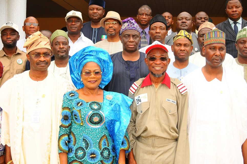 Governor State of Osun, Ogbeni Rauf Aregbesola (2nd right); his Deputy, Mrs Titi Laoye-Tomori (2nd left); Director General, National Institute for Policy and Strategic Studies (NIPSS), Professor Tijani Mohammed (right ); Directing Staff, NIPSS, Air Commodore Ademola Onitiju (left) and others, during a visit to the Governor, after an assessment on the State, Osogbo, at the weekend