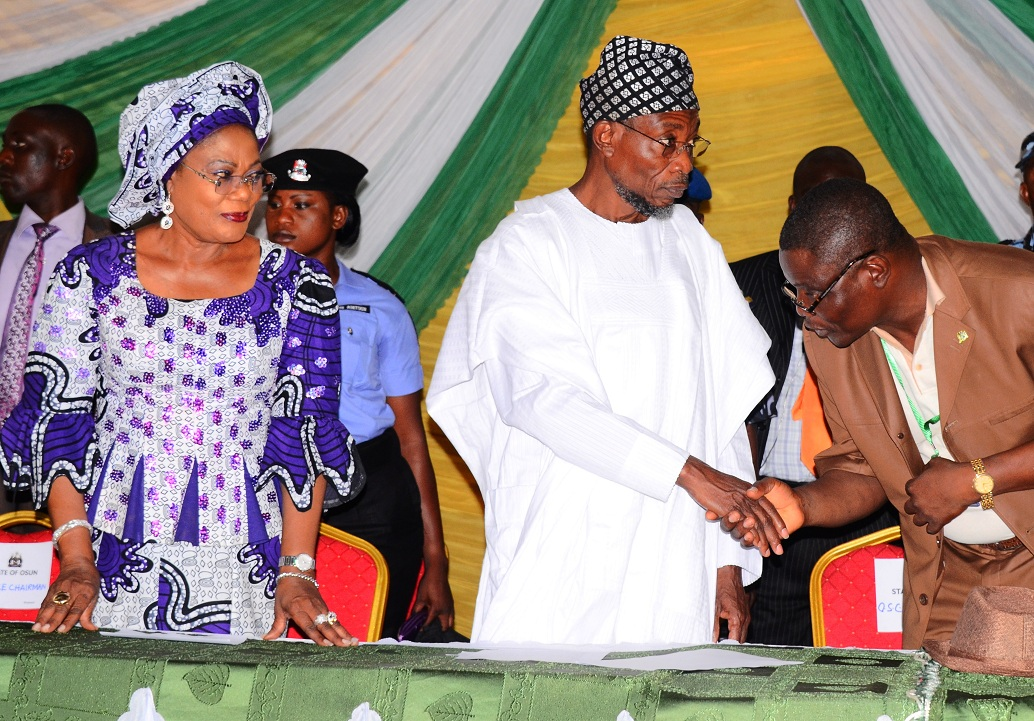 From left, Deputy Governor State of Osun Mrs Titi Laoye-Tomori; Governor, Ogbeni Rauf Aregbesola and Chairman, Christian Association of Nigeria (CAN), Osun Chapter, Reverend Elijah Ogundiya, during an Interaction with the Governor on his Second Term Ambition in the 2014 Gubernatorial Election, at CAN Secretariat, Owode-Ede, State of Osun on Monday 30-06-2014