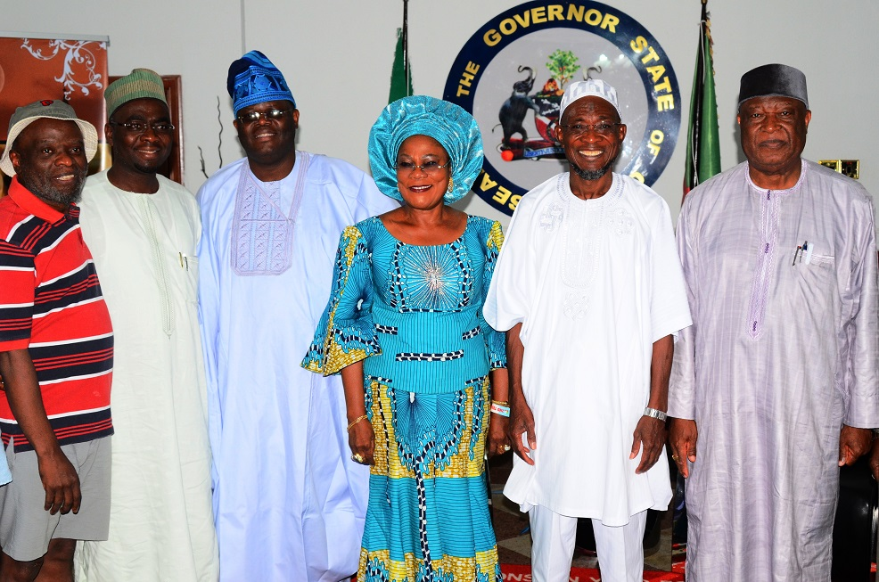 Governor State of Osun, Ogbeni Rauf Aregbesola (2nd right); his Deputy, Mrs Titi Laoye-Tomori (3rd right); Chairman, Senate Committee on Privatisation, Senator Gbenga Obadara (3rd left); Senator Barnabas Gemade (right); Secretary to the Committee, Senator Abubakar Tutare (2nd left) and Member National Assembly representing Osun Central Senatorial District, Senator Sola Adeyeye (left), during the Committee's courtesy call on the Governor at Government House, Osogbo, State of Osun