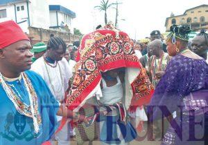 osun-priestess