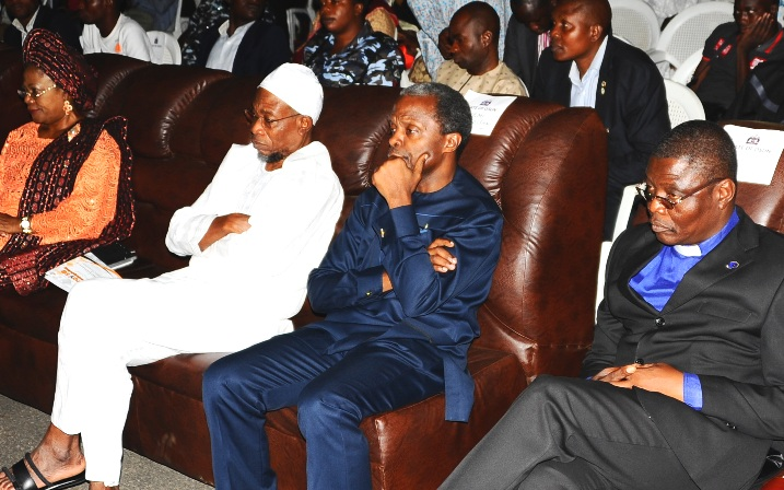 Governor State of Osun Ogbeni Rauf Aregbesola(2nd left), Deputy Governor State of osun, Mrs Titi-laoye Tomori(left),  organizer of the programme, Professor Yemi Oshinbajo (2nd right),Chairman Christen Association of Nigeria Osun Chapter, Reverend Elijah Ogundiya (right), Coordinator , Pastor Abraham David (2nd left), during An Evening of Praise and Thanksgiving at Mandela Freedom Park Osogbo on Saturday 8-10-2014.