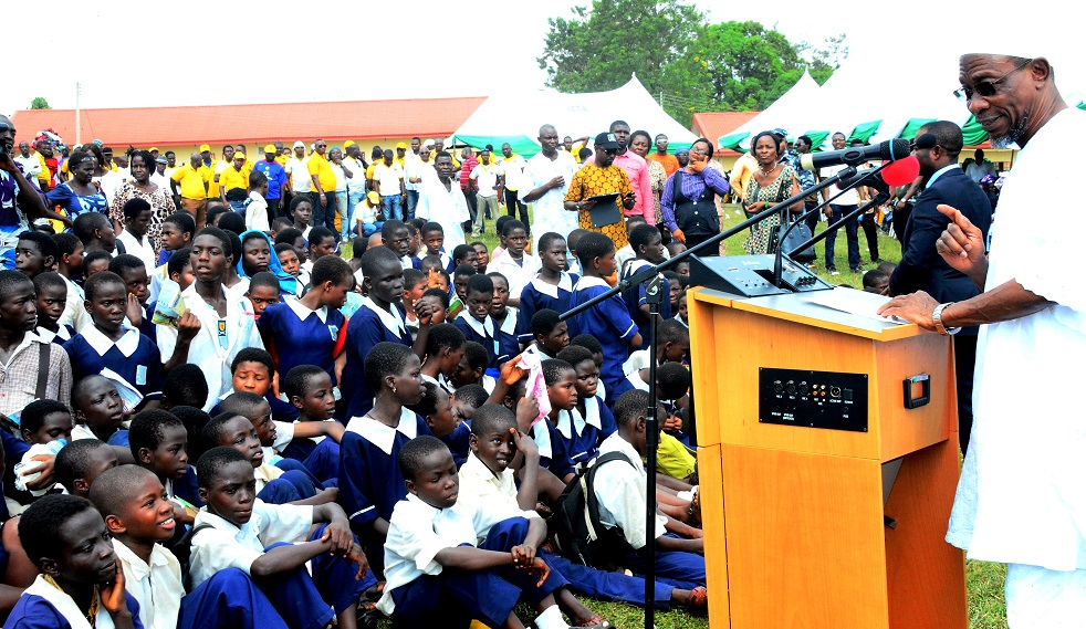 Governor State of Osun, Ogbeni Rauf Aregbesola, addressing Students of Asoro Grammar School, Benin City during a Commissioning of Reconstructed Asoro Grammar School, Benin City in Edo State on Friday 5/12/2014.