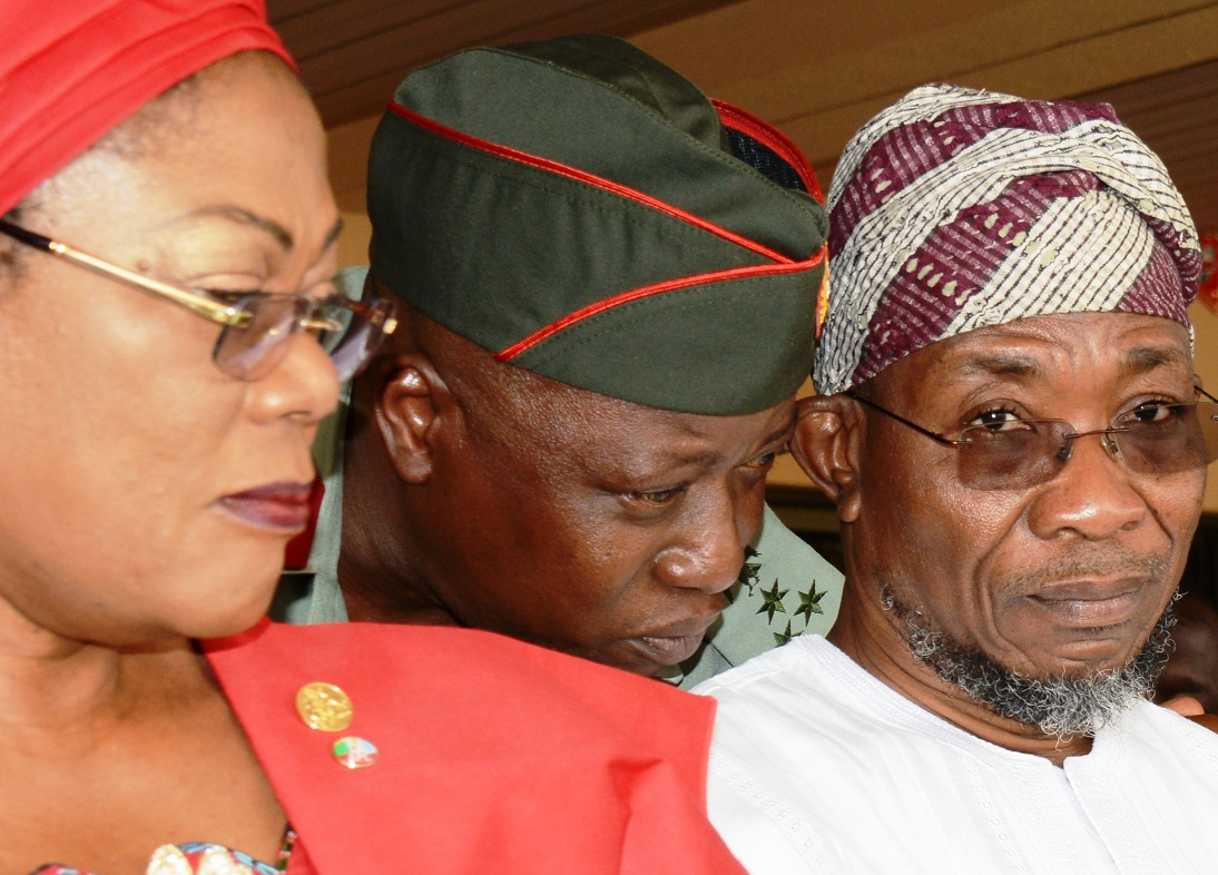 From right, Governor State of Osun, Ogbeni Rauf Aregbesola; Commandant Engineering Construction Company Ede, Brigadier General, AG Adeyemi Gbenga and Deputy Governor, Mrs. Titi Laoye-Tomori, during the Launching of 2015 Emblem of the Armed Forces Remembrance Day Celebration at Government House Osogbo, State of Osun, on Tuesday 6/01/2015.