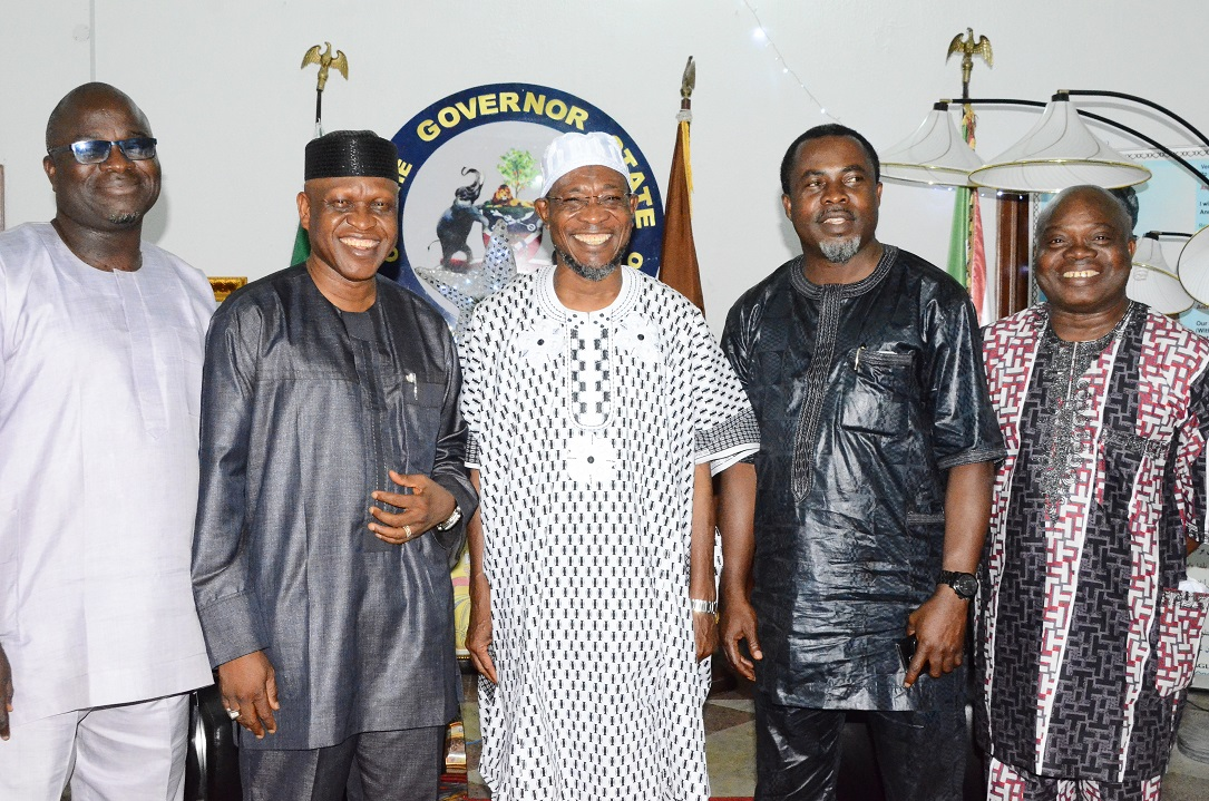 Governor State of Osun, Ogbeni Rauf Aregbesola (centre); All Progressives Congress (APC) Governorship Candidate in Delta State, Olorogun Otega Emerhor (2nd left); APC Treasurer, Osun Chapter, Mr Segun Olanibi (left); APC Publicity Secretary, Barrister Kunle Oyatomi (right) and Mr Sonni Afenogho (2nd right), during a recent courtesy call on the Governor in Government House, Osogbo, State of Osun