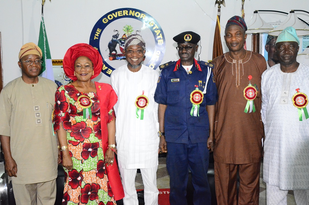 Governor State of Osun, Ogbeni Rauf Aregbesola (3rd left); his Deputy, Mrs Titi Laoye-Tomori (2nd left); Commandant, Nigeria Security and Civil Defense Corps (NSCDC), Osun Command, Commandant Balogun Tajudeen (3rd right); Chief of Staff to the Governor, Alhaji Gboyega Oyetola (left); Secretary to the State Government, Alhaji Moshood Adeoti (2nd right) and Chieftain, All Progressives Congress (APC), Senator Bayo Salami (right), during the Commandant's Courtesy Visit to the Governor at Government House, Osogbo, State of Osun