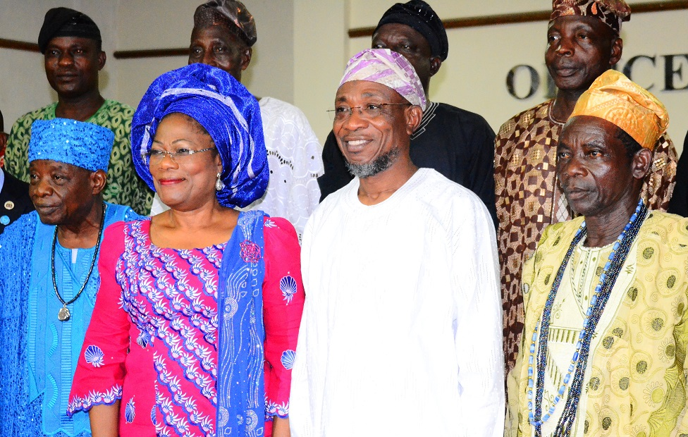 Governor State of Osun, Ogbeni Rauf Aregbesola (2nd right); his Deputy, Mrs. Titi-Laoye Tomori (2nd left); Apetumodu of Ipetumodu, Oba James Adedokun Adegoke (left); Asalu of Asipa, Chief Oyediran Julius (right) and others, during lthe Land Dispute Reconciliatory Meeting at the Governor's Office, Government Secretariat, Abere, Osogbo on Monday 19/15/2015.