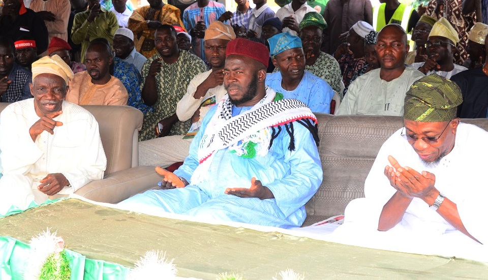 Governor of the State of Osun, Ogbeni Rauf Aregbesola (right); National President Jama'atu Ta'awunil Muslimeen, Sheikh Daood Imran Molasan (middle) and Life Patron, Jama'atu Ta'awunil Muslimeen, Professor Olasupo Ladipo (left) during the 16th Annual National Conference of Jama'atu Ta'awunil Muslimeen at District Council Elementary School, Araromi , Iwo, State of Osun recently