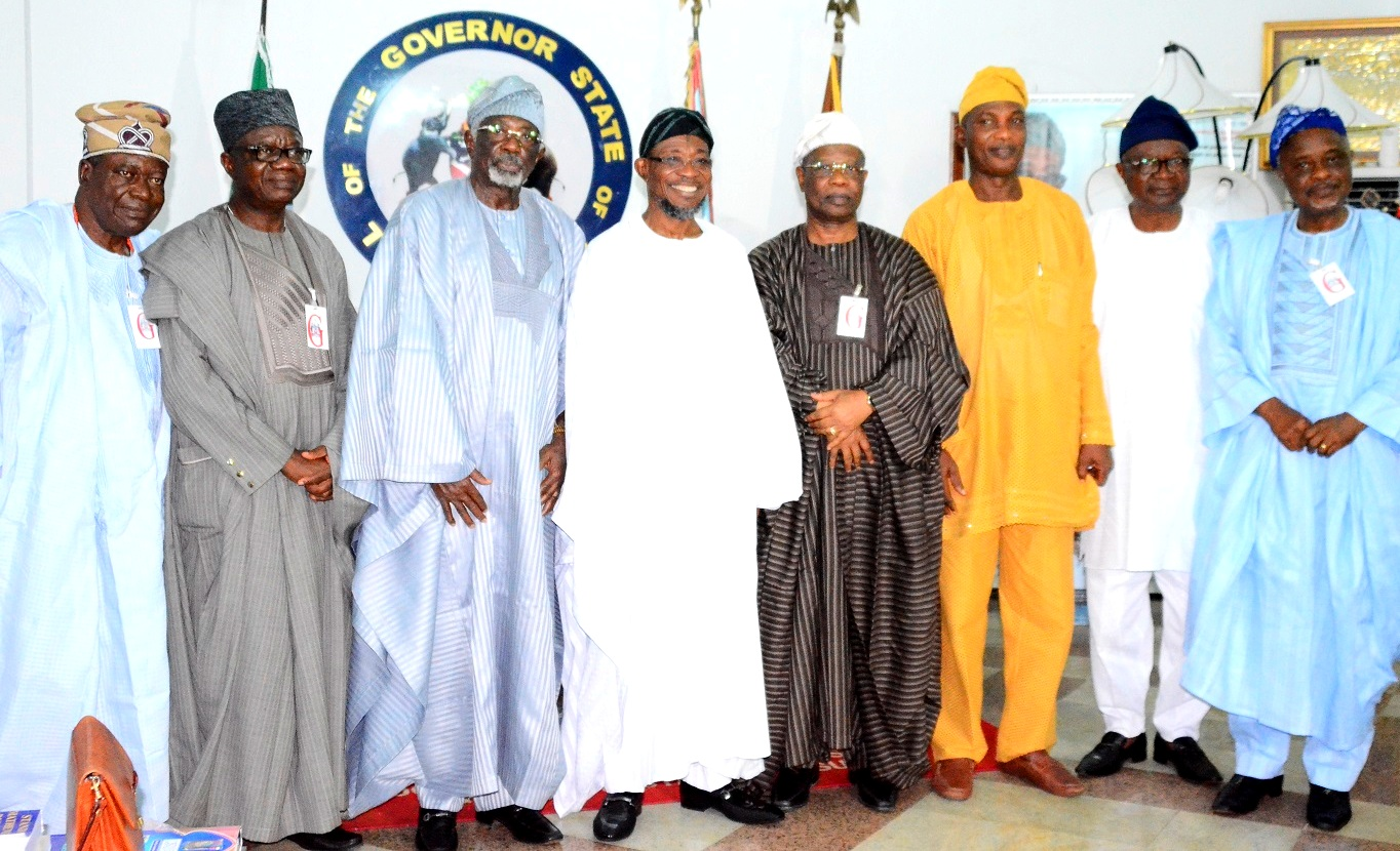 Governor State of Osun, 0gbeni Rauf Aregbesola (4th left); Secretary to Osun State Government, Alhaji Moshood Adeoti (3rd right), President Ijesa Society Group, Chief Tunde Aluko (3rd left), First Vice President of Ijesa Society Group, Chief Felix Fagbohungbe (4th right), Second Vice President, Chief Obafemi Aluko (2nd left), Engr. Ade Famuboni (right), Members of the Group, Chief Tunde Olojo (right) and Dr. Niyi Adedeji, during the courtesy visit to the Governor, at Government House, Osogbo