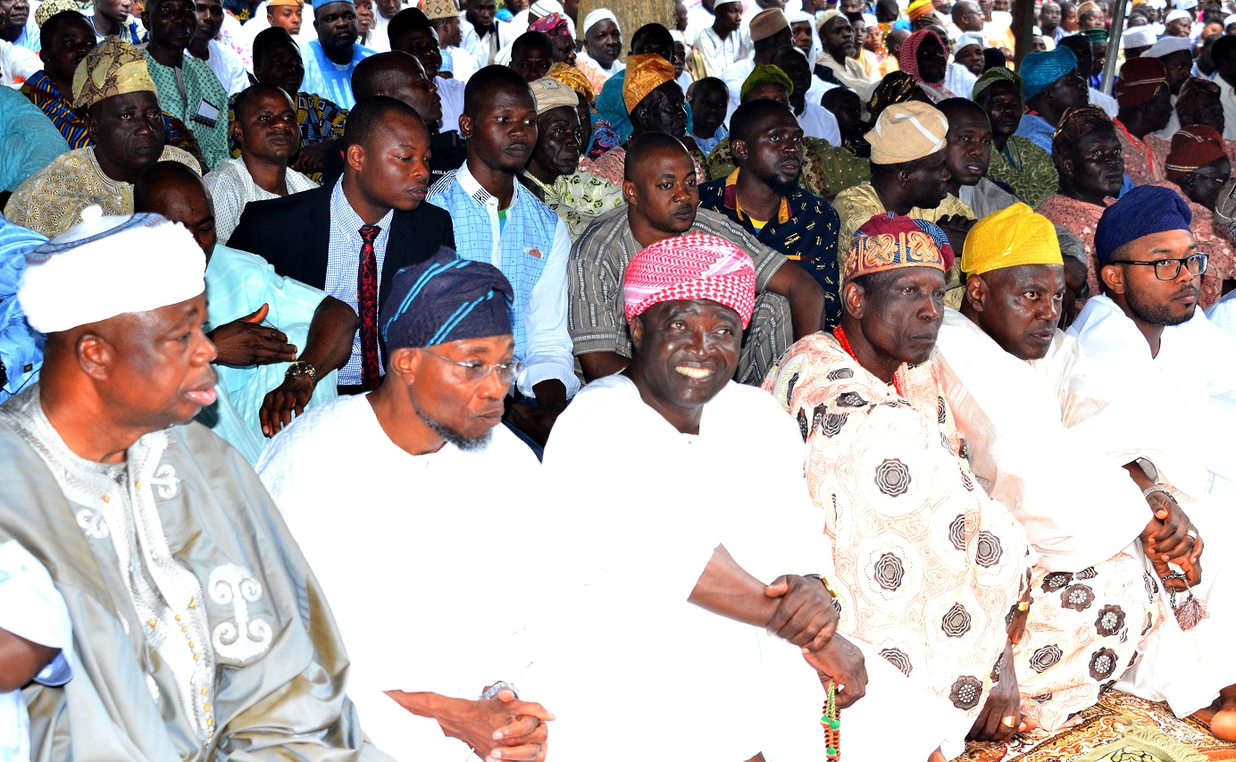 Governor State of Osun, Ogbeni Rauf Aregbesola(2nd left); Asiwaju Musulumi of Yorubaland, Alhaji  Tunde Badmus(left), Senator Bayo Salami(3rd left), Baba kekere of Osogboland, Sulaiman Olanipekun(3rd right), Kabir Aregbesola (right) and others  during 2015 Eid-el-kabir celebration in Osogbo, on. Thursday 24/09/2015.