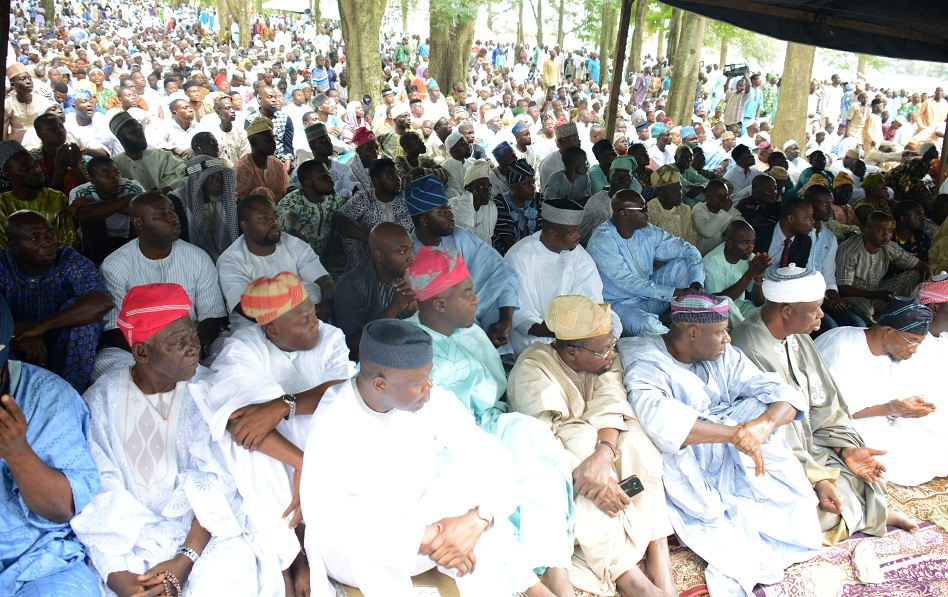 Governor State of Osun, Ogbeni Rauf Aregbesola (right); Asiwaju Musulumi of Yorubaland, Alhaji Tunde Badmus (2nd right), former commissioner for Integration and Special Duties, Hon. Bashir Ajibola (3rd left) and others, during 2015 Eid-l-Kabir  elebration in Osogbo, State of Osun on Thursday 24-09-2015