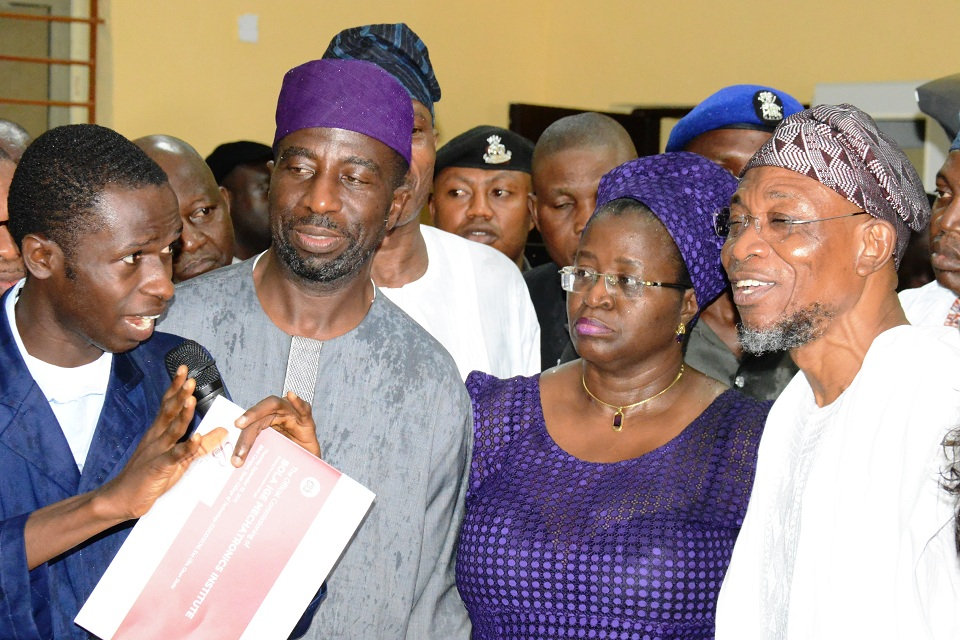 From right, Governor State of Osun, Ogbeni Rauf Aregbesola; Daughter of late Bola Ige, Mrs Funsho Adegbola; her brother, Mr Muyiwa Ige, who is also a former Commissioner for Lands and Physical Planning in Osun; an AutoMetrics instructor, Mr Olayinka Oladigbo and others, during the official commissioning of Bola Ige Mechatronics Institute in Esa-Oke, State of Osun on Thursday 10-09-2015
