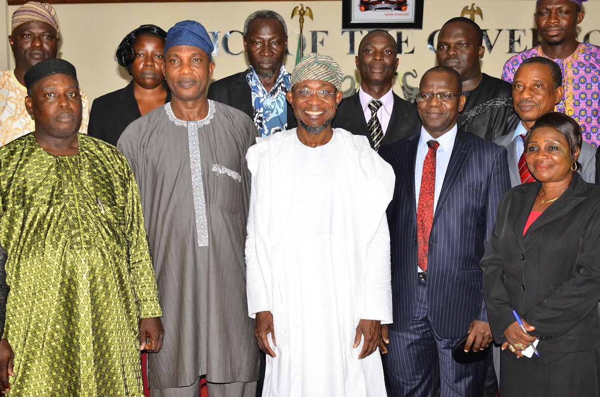 Governor, State of Osun, Ogbeni Rauf Aregbesola (middle); National President, Nigerian Statistical Association (NSA), Dr. Muhammed Tumala (2nd right), Secretary to the State Government, Alhaji Moshood Adeoti (2nd left), Immediate past NSA President, Mr. Boniface Oseloka Amobi (left), NSA National Treasurer, Mrs Obikudu Felicia (right) and others, during a courtesy visit to the Governor, at Government Secretariat, Abere, Osogbo, on Tuesday