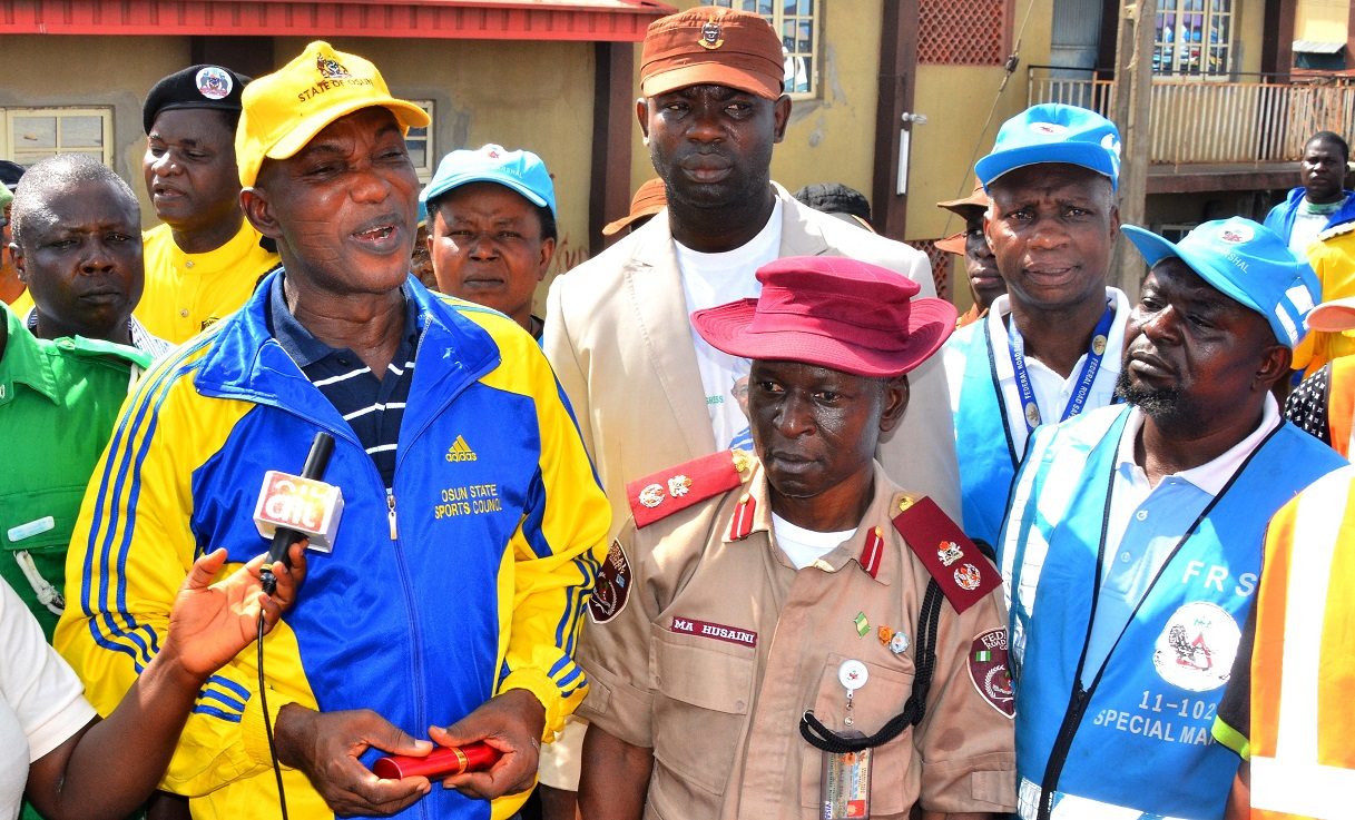 Secretary to Osun State Government, Alhaji Moshood Adeoti (left), reprsenting the governor, Osun State Commander, Federal Road Safety Commission (FRSC), Mr. Muhammed Husaini (2nd right), and others, during the FRSC Ember Months Sensitization in Osogbo on Saturday 17-10-2015.