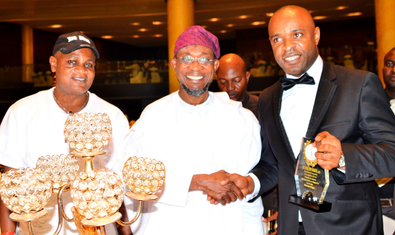 Governor State of Osun, Ogbeni Rauf Aregbesola (middle), Chief Executive Officer MEI Group of Companies Mike Enyinnnaya (right) and former Chairman of Badagiri local Government, Mr. Moses Dosu, during a dinner party organised by the Law Students of the University of Lagos, at Eko Hotel Lagos State recently