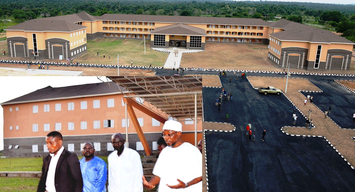 Governor State of Osun, Ogbeni Rauf Aregbesola (right) and others, inspecting the completion of Ejigbo High School toward commissioning to mark the first year anniversary of his second term in office,at Ejigbo on Sunday 14-11-2015