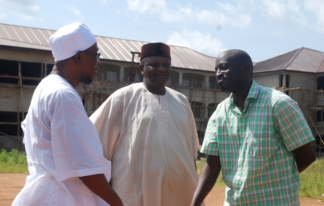 Governor State of Osun, Ogbeni Rauf Aregbesola (left); Chairman Osun State All Progressive Congress (APC), Prince Gboyega Famodu (2nd left); the Site Engineer,  Engr Rahmon Akinkunmi(right). During the inspection of the on going Construction of Oshogbo High School on 4-11-2015,during the inspection of the on going Construction of Seventh Day Adventist High School Ede. on Wednesday 4-11-2015.