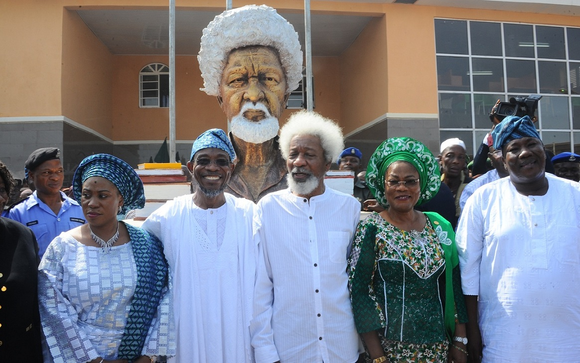 Professor Wole Soyinka (Middle); Governor State of Osun, Ogbeni Rauf Aregbesola (2rd left); his wife, Sherifat (left); Deputy Governor, Mrs Titi Laoye-Tomori (2rd right) and Speaker of the House of Assembly, Hon. Najeem  Salam (right), during the commissioning of Wole Soyinka Government High School, Ejigbo, State of Osun on Monday 23-11-2015