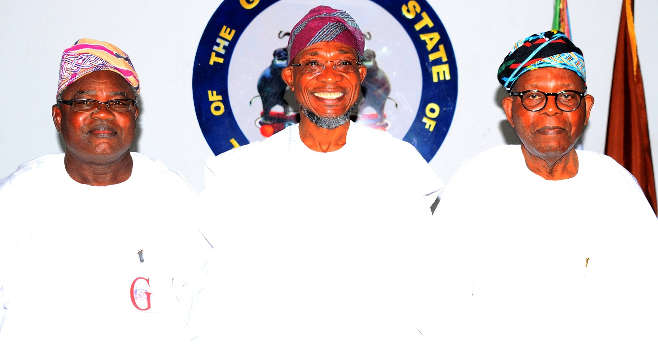 Governor State of Osun, Ogbeni Rauf Aregbesola (middle), Elder Stateman, Sir Olanihun Ajayi (right), and Former Executive Chairman Remo North Local Government, Ogun State, Chief Pekun Awobona, during a courtesy visit to the Governor, at Government House, Osogbo, weekend