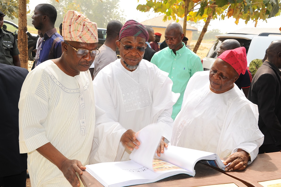 The Governor State of Osun, Ogbeni Rauf Aregbesola (Middle); the Akirun of Ikirun, Oba Abdurauf Adedeji (left) and  Former Attorney General and. Commissioner for Justice, Hon Adewale Afolabi, during an inspection visit to Ikirun Science High School in Ikirun on Friday 25-12-2015.
