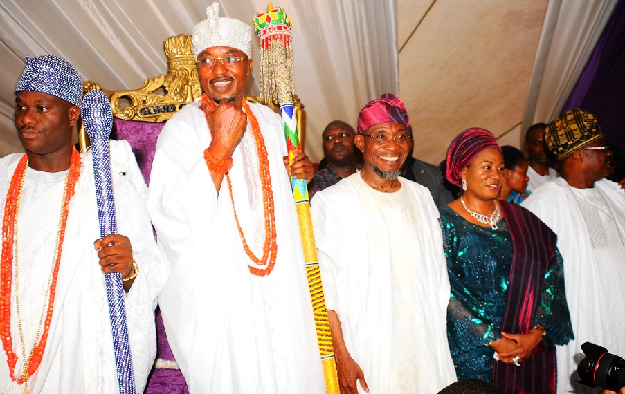 From left, The Ooni of Ife, Oba Adeyeye Enitan; Oluwo of Iwoland, Oba Abdul Rasheed Adewale Akanbi; Governor Rauf Aregbesola; his wife, Sherifat and Oyo State Governor, Senator Abiola Ajimobi, during the presentation of staff of office to Oluwo by Governor Aregbesola, at the Reality Televition Station Premises in Iwo on Saturday 16-01-2016