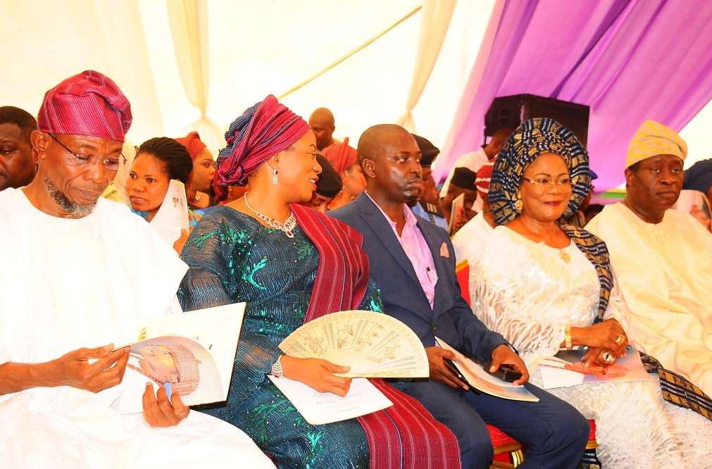From left, Governor State of Osun, Ogbeni Rauf Aregbesola; his wife, Sherifat; a guest; Osun deputy Governor, Mrs Titi Laoye-Tomori and the Chairman on the ocassion, Chief Wale Babalakin (SAN), during the presentation of staff of office to Oluwo of Iwoland by Gover Aregbesola, at the Reality Television Station in Iwo on Saturday 16-01-2016