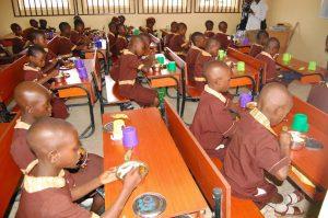 Osun-Elementary-School-Feeding-2