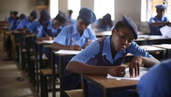 Students-writing-an-examination