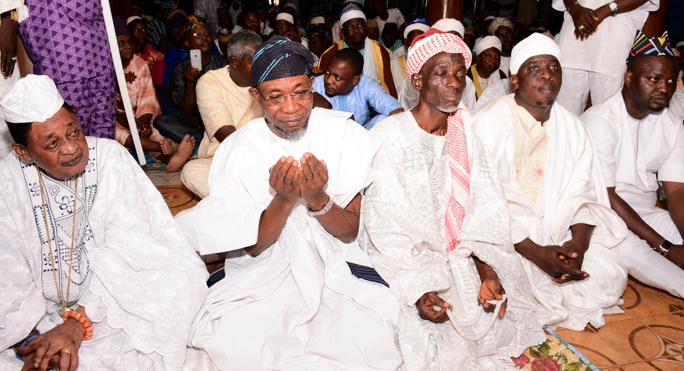 aregbesola-celebrates-with-alaafin-78th-1