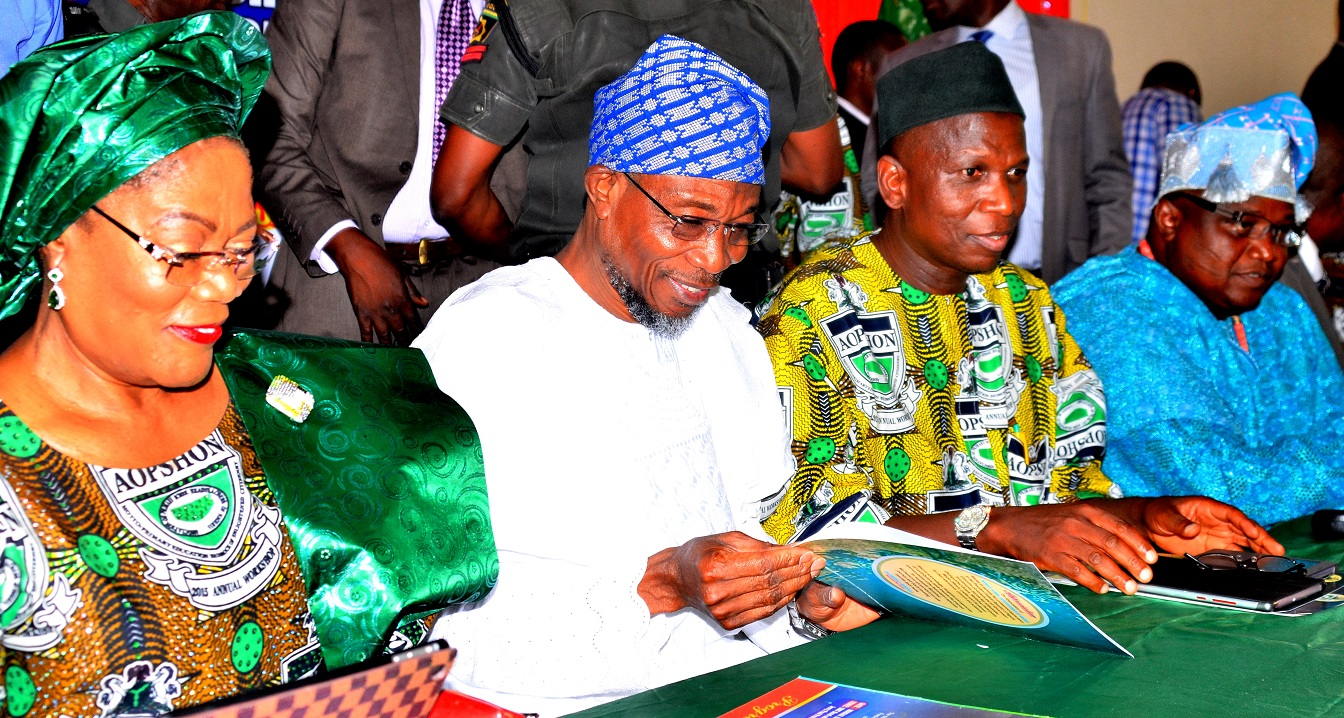 aopshon-award-to-governor-aregbesola-1